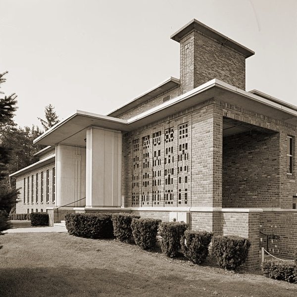 Community House (Fenton, Michigan, 1937-38; Saarinen and Saarinen)
