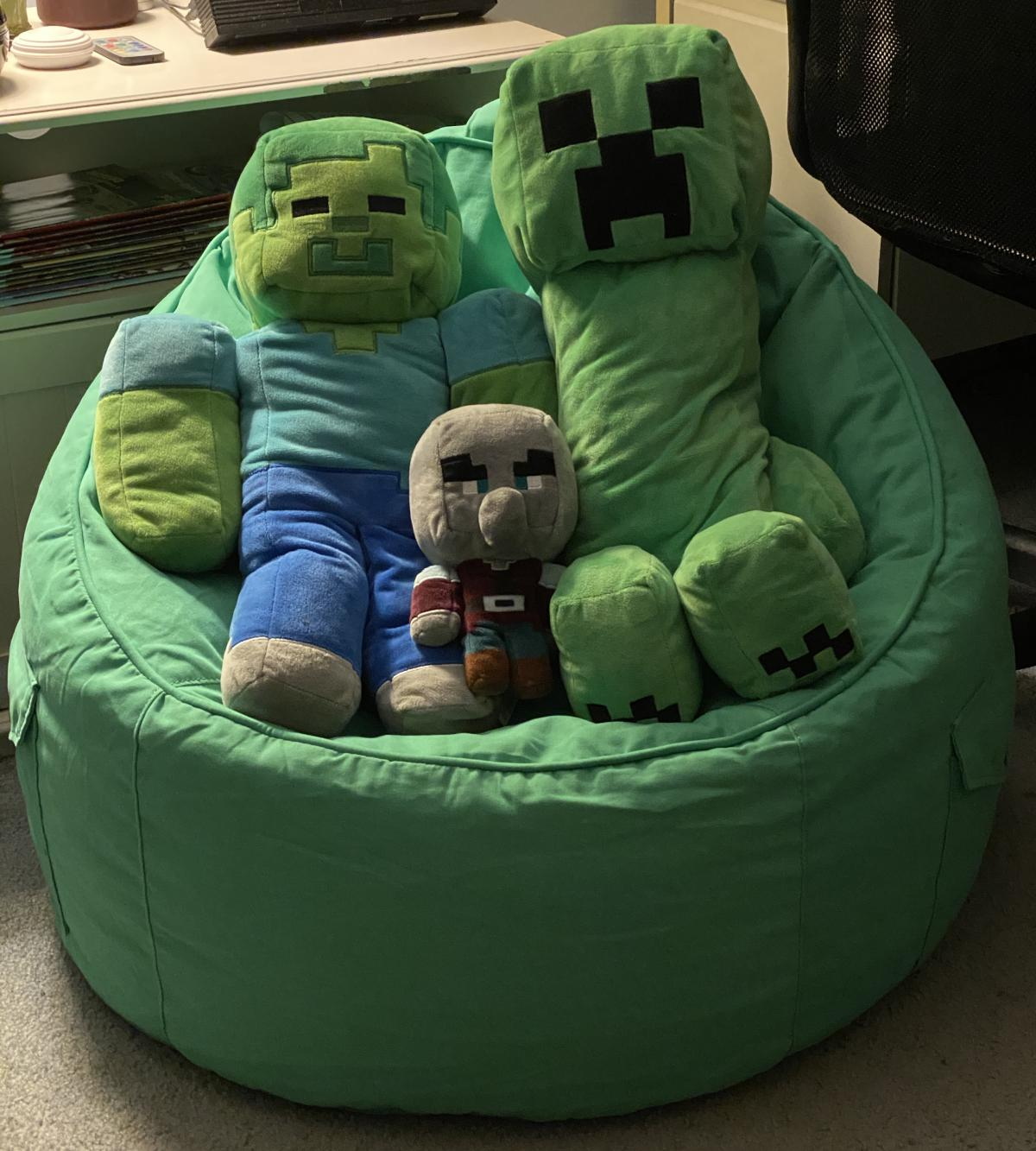 Zombie, pillager, creeper